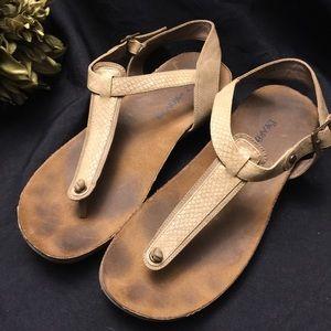 BearPaw- Tan/Brown Thong Sandals-Size: 9